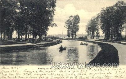 Boating on the Canal, Belle Isle Park - Detroit, Michigan MI Postcard