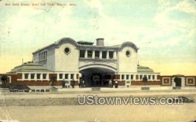 New Bath House, Belle Isle Park - Detroit, Michigan MI Postcard
