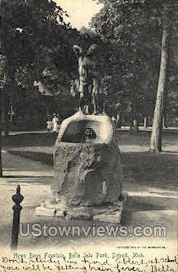New Boys Fountain, Bell Isle Park - Detroit, Michigan MI Postcard