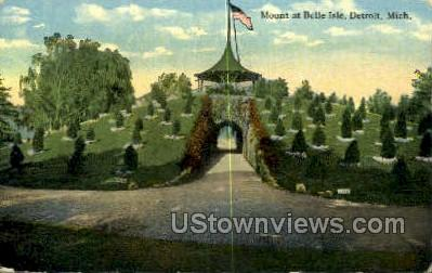 Mount at Belle Isle - Detroit, Michigan MI Postcard