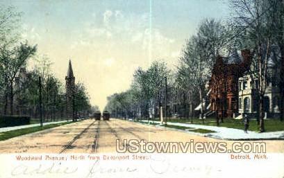 Woodward Ave., Davenport Street - Detroit, Michigan MI Postcard