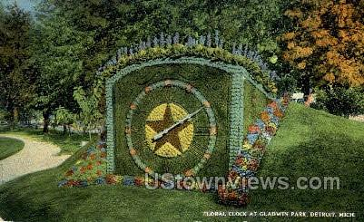 Floral Clock at Gladwin Park - Detroit, Michigan MI Postcard