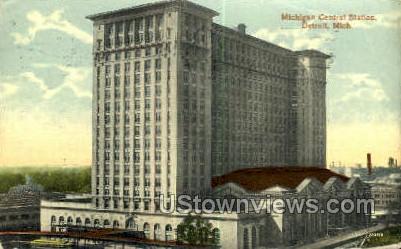 Michigan Central Station - Detroit Postcard