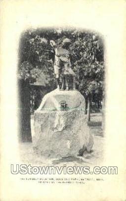 Newsboy Fountain - Detroit, Michigan MI Postcard