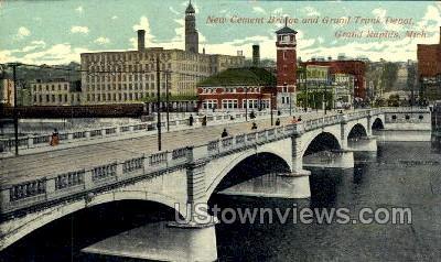 New Cement Bridge and Grand Trunk - Grand Rapids, Michigan MI Postcard