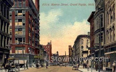 Monroe St. - Grand Rapids, Michigan MI Postcard