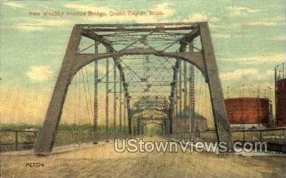 New Wealthy Avenue Bridge - Grand Rapids, Michigan MI Postcard