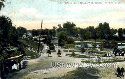 Fish Pond John Ball Park - Grand Rapids, Michigan MI Postcard