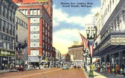 Monroe Avenue looking West - Grand Rapids, Michigan MI Postcard