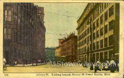 Ottawa St. Looking towards Monroe St. - Grand Rapids, Michigan MI Postcard