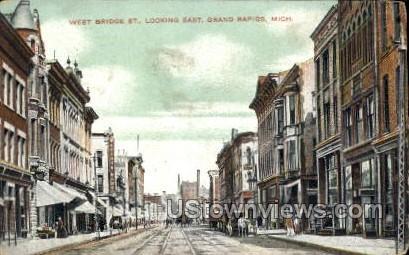 West Bridge St. looking East - Grand Rapids, Michigan MI Postcard