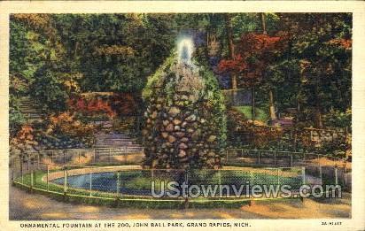 Ornamental Fountain at the Zoo - Grand Rapids, Michigan MI Postcard