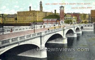 Cement Bridge, Grand Trunk Depot - Grand Rapids, Michigan MI Postcard