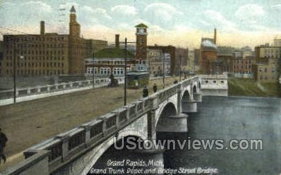 Grank Trunk Depot - Grand Rapids, Michigan MI Postcard