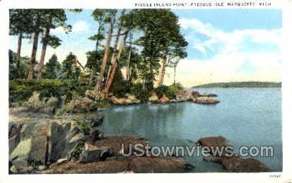 Middle Island Point, Presque Isle - Marquette, Michigan MI Postcard