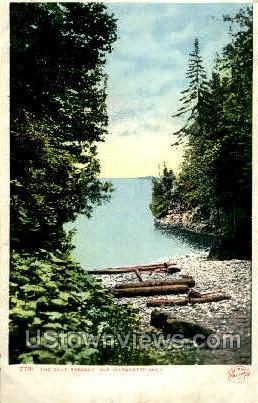 The Cove Presque Isle - Marquette, Michigan MI Postcard
