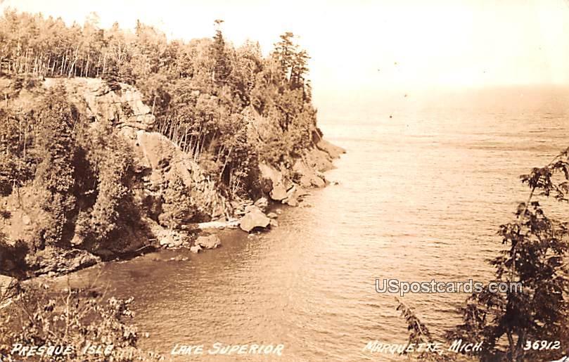 Presque Isle - Marquette, Michigan MI Postcard