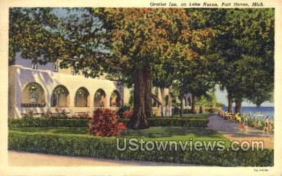 Gratiot Inn - Port Huron, Michigan MI Postcard