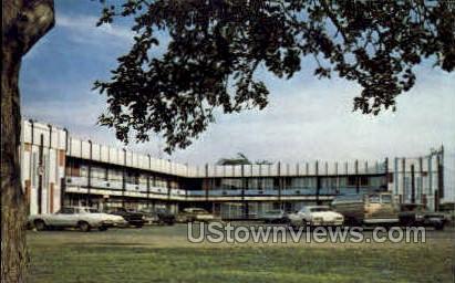 Skyline Motel - Sault Ste Marie, Michigan MI Postcard