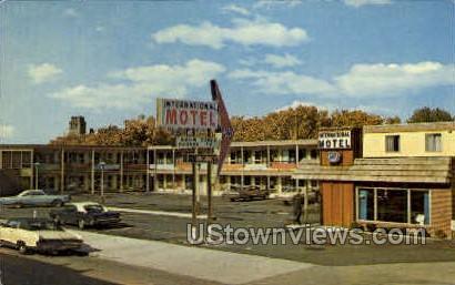International Motel - Sault Ste Marie, Michigan MI Postcard