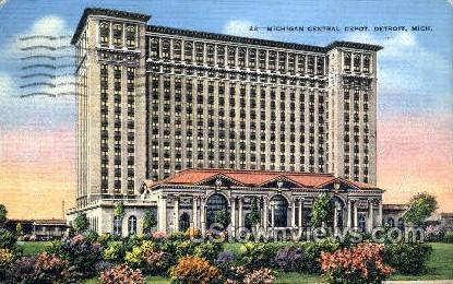 Michigan Central Depot - Detroit Postcard