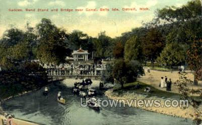 Canoes, Belle Isle - Detroit, Michigan MI Postcard