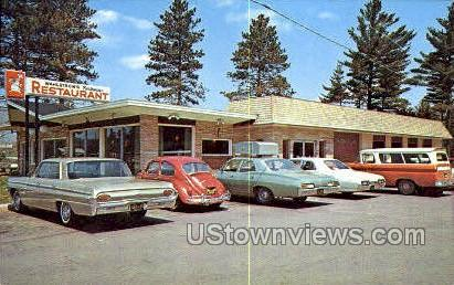 Wahlstrom's Parkway Restaurant - Marquette, Michigan MI Postcard