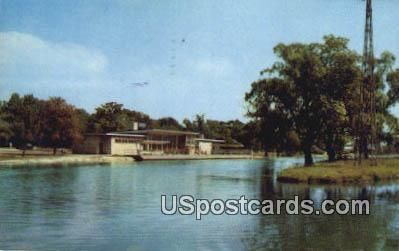 Flynn Building & Lagoon, Belle Isle Park - Detroit, Michigan MI Postcard