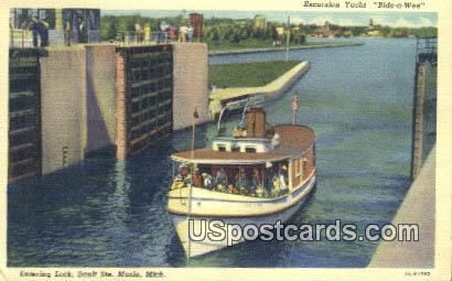 Excursion Yacht - Sault Ste Marie, Michigan MI Postcard
