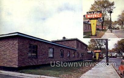 Park Way Motel - Sault Ste Marie, Michigan MI Postcard