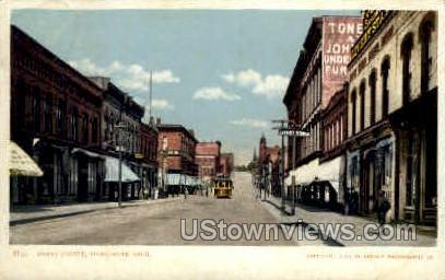 Front Street  - Marquette, Michigan MI Postcard