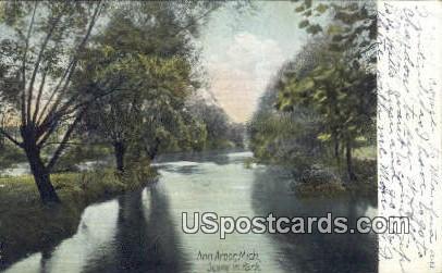 Ann Arbor, Michigan Postcard      ;      Ann Arbor, MI
