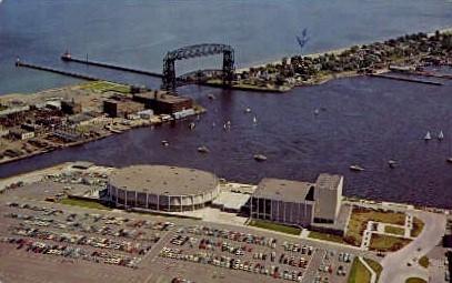 Duluth Arena-Auditorium - Minnesota MN Postcard