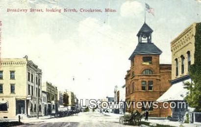 Broadway Street - Crookston, Minnesota MN Postcard