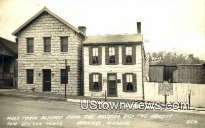 Real Photo - Mark Twain Boyhood Home - Hannibal, Missouri MO Postcard