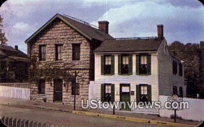 Museum & Mark Twain Boyhood Home - Hannibal, Missouri MO Postcard