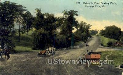 Drive in Penn Valley Park - Kansas City, Missouri MO Postcard