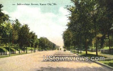 Independence Ave - Kansas City, Missouri MO Postcard