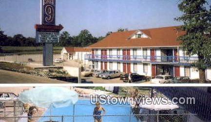 Motel 9 - Branson, Missouri MO Postcard