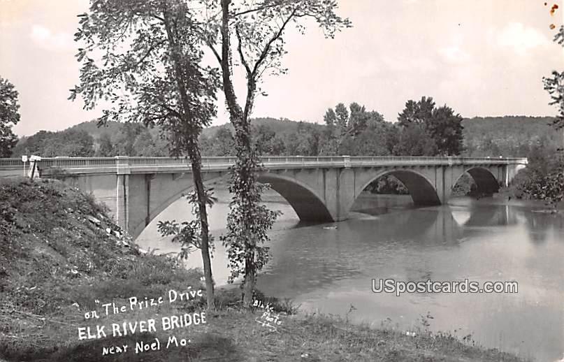 The Prize Drive - Noel, Missouri MO Postcard