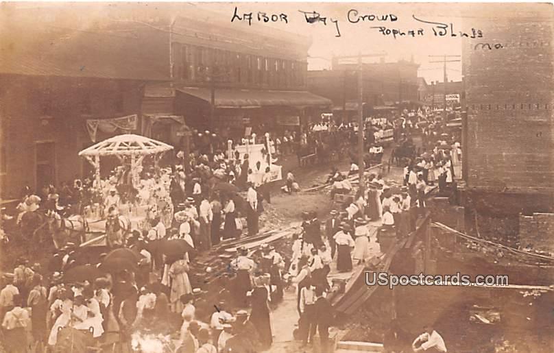 Labor Day Crowd - Poplar Bluff, Missouri MO Postcard