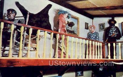 Dogpatch Exhibits - Lake Ozark, Missouri MO Postcard