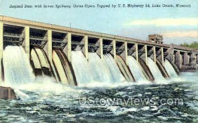 Bagnell with 7 Spillways open - Lake Ozark, Missouri MO Postcard