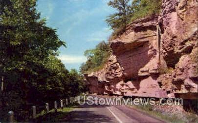 Overhanging rocks and High Bluffs - Noel, Missouri MO Postcard