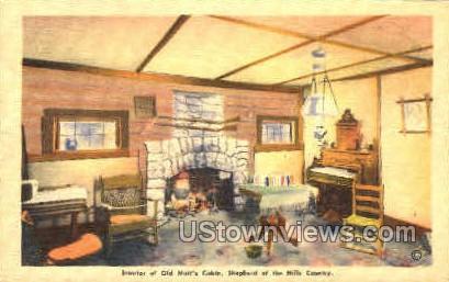 Interior of Old matt's Cabin - Branson, Missouri MO Postcard