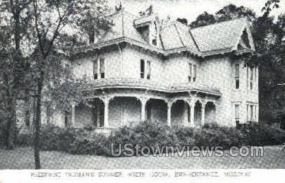 Summer White House   - Independence, Missouri MO Postcard