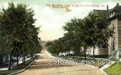 Broadway, Grant House - Excelsior Springs, Missouri MO Postcard