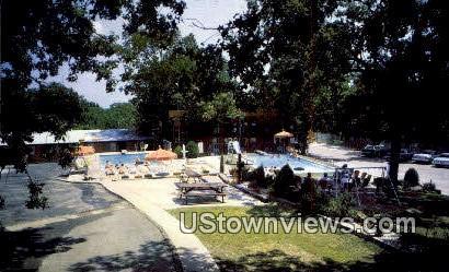 Rockwood Capri Resort Motel - Lake Ozark, Missouri MO Postcard