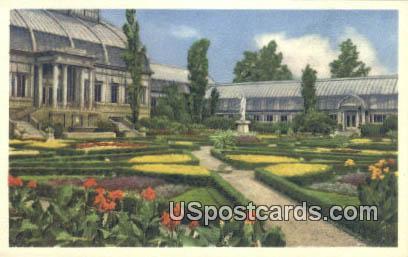 Missouri Botanical Garden - St. Louis Postcard