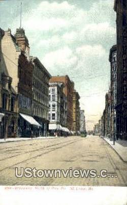 Broadway, Pine Street - St. Louis, Missouri MO Postcard